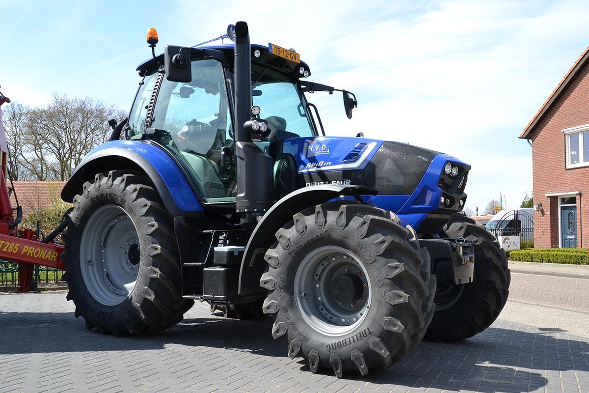 Wrap Deutz tractor
