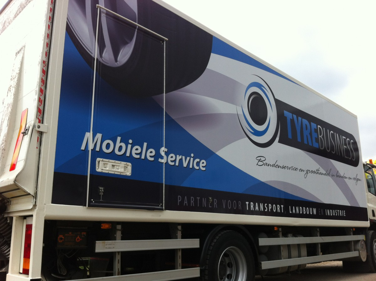 Vrachtautobelettering Tyrebusiness